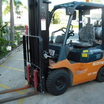 Nissan CH01A18U 6m clear view side shift LPG Forklift - Scotties Forklift Hire Coopers Plains Brisbane