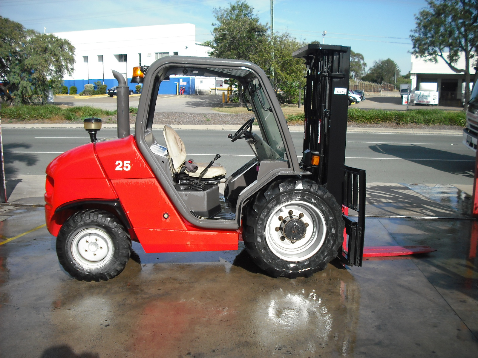Manitou MH25-4 All Terrain Buggie 4.3m - Unit 639 For Sale Coopers Plains, Brisbane