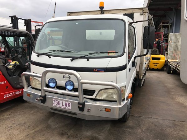 Hino Dutro 7500 Medium Hi-Grade Pantec Truck - Scotties Forklift Hire, Coopers Plains